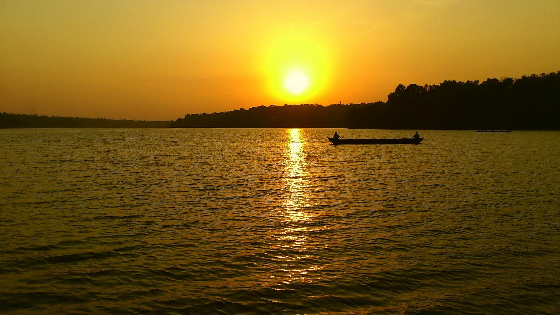 Sasthamkotta Backwaters