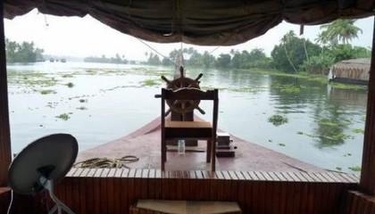 kerala-houseboat-package-1525500747.jpg