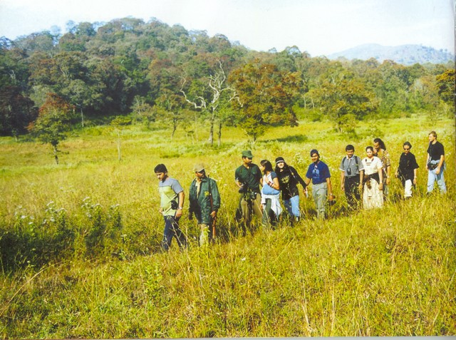 border-hiking-thekkady