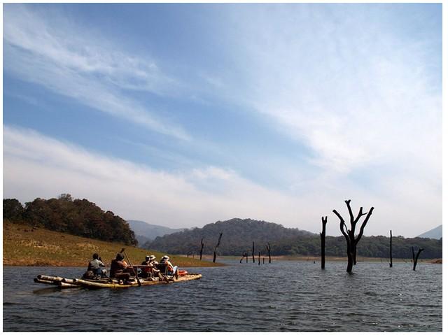 Rafting in Thekkady