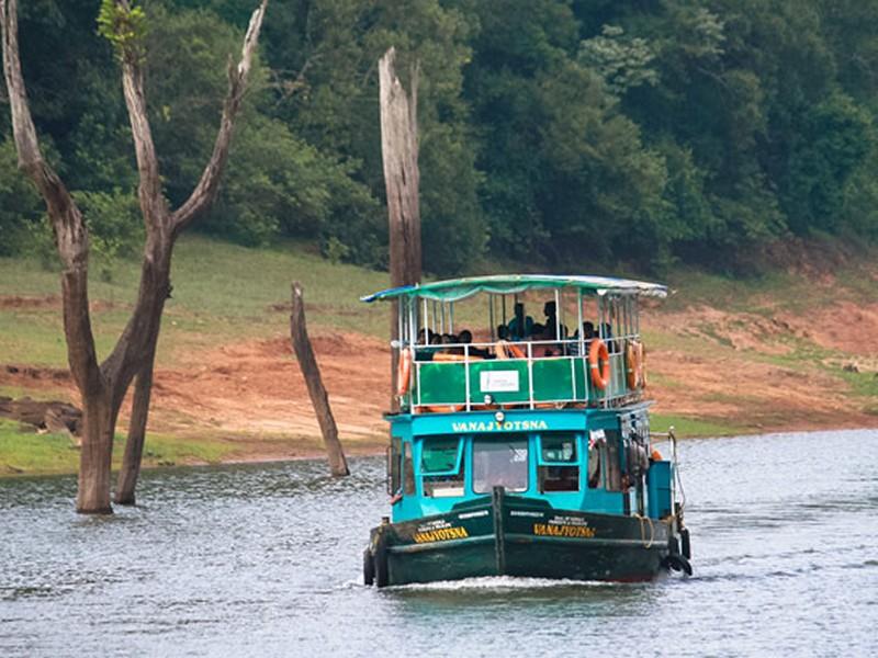 thekkady-boating-kerala-periyar