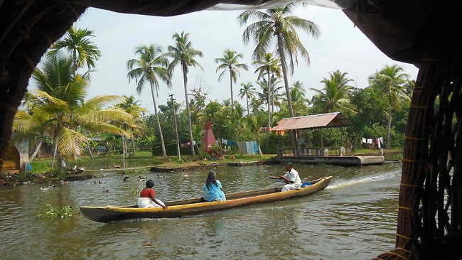 kerala-backwaters-tour