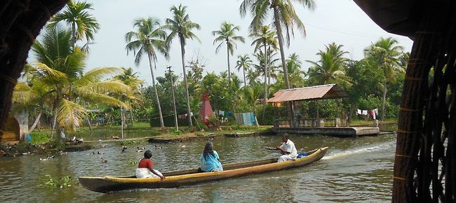 Alleppey Backwater Ride-Fall in love with natural beauty