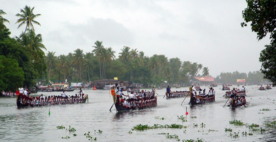 nehru-trophy-boat-race-alleppey