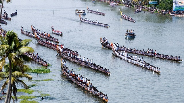 nehru-trophy-snake-boat-race-aereal-view