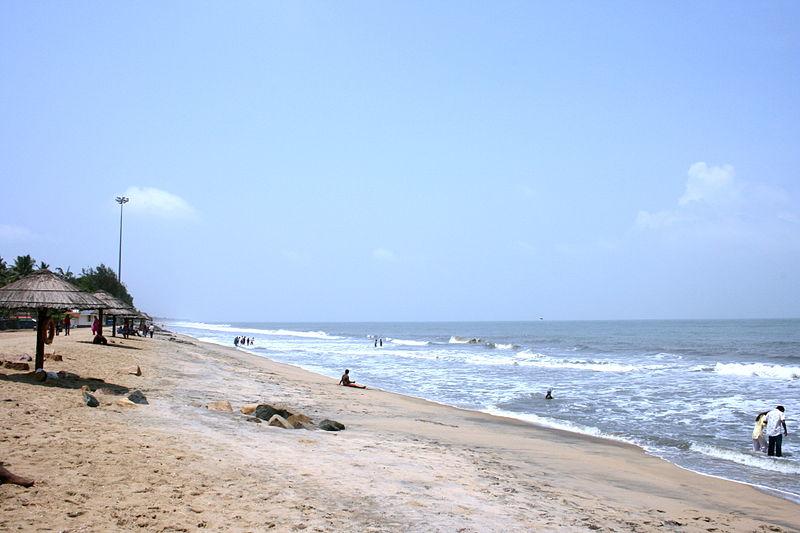 cherai-beach-vypeen-island-kochi-kerala