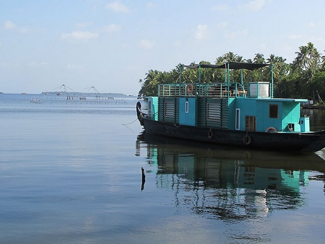 discovery-luxury-houseboat-alleppey