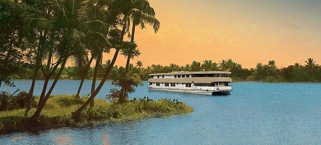 Kerala Luxury Houseboats