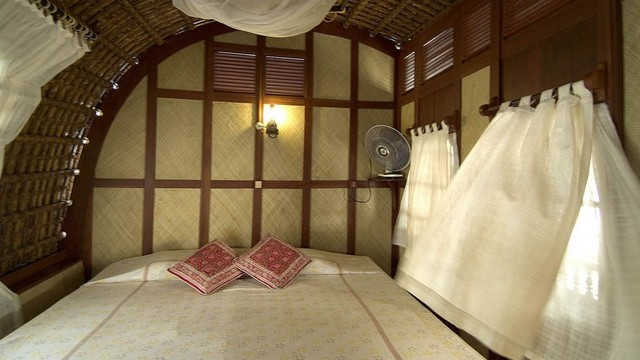 kerala-houseboat-bed-room-cruise-experience
