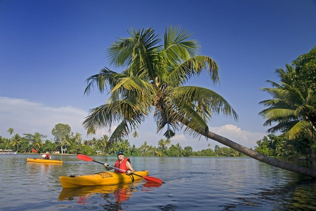 Kayaking opportunities in backwaters of Kerala in Alleppey, Kumarakom and Kannur