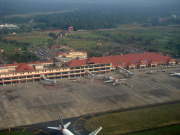 nearest airport to Munnar