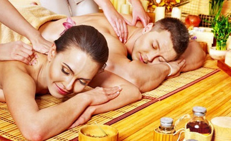 ayurveda-couple-massage-kerala