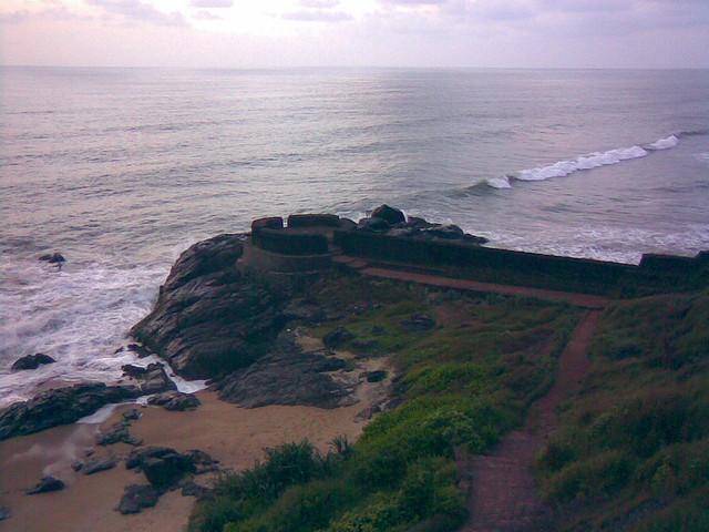bekal-fort-beach