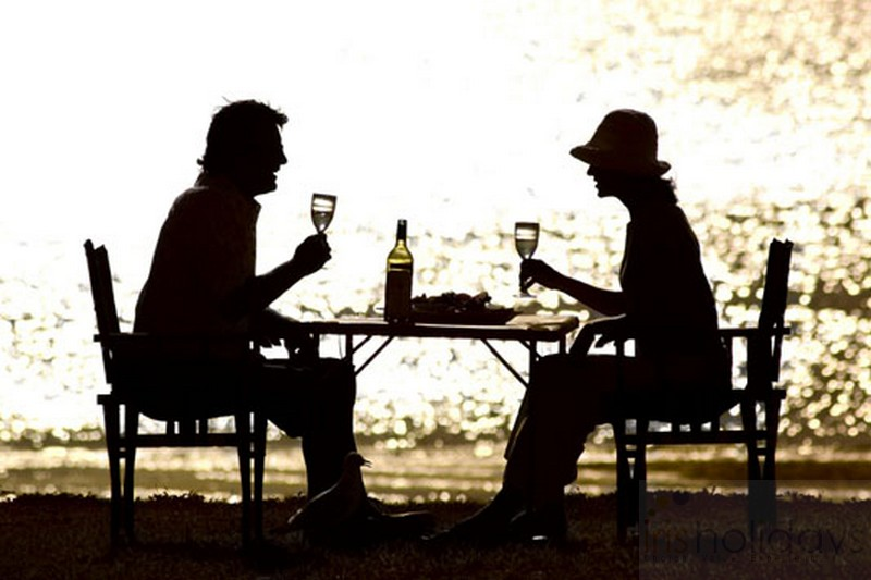 romantic meal couples kerala