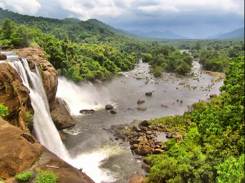 waterfalls-kerala-honeymoon