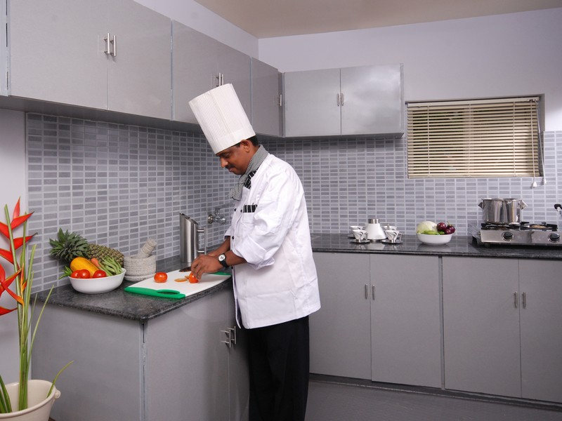 kerala-houseboat-cooking-chef