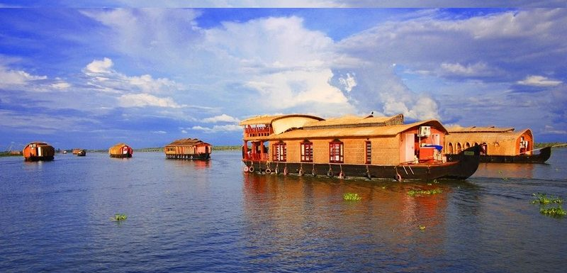 Top 12 Kerala Honeymoon Places (with Photos) for a Romantic  Escape