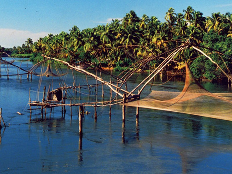 chinese-fishing-nets-kumbalangi-near-kochi