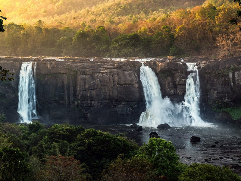 one-day-trip-to-athirappilly-kochi