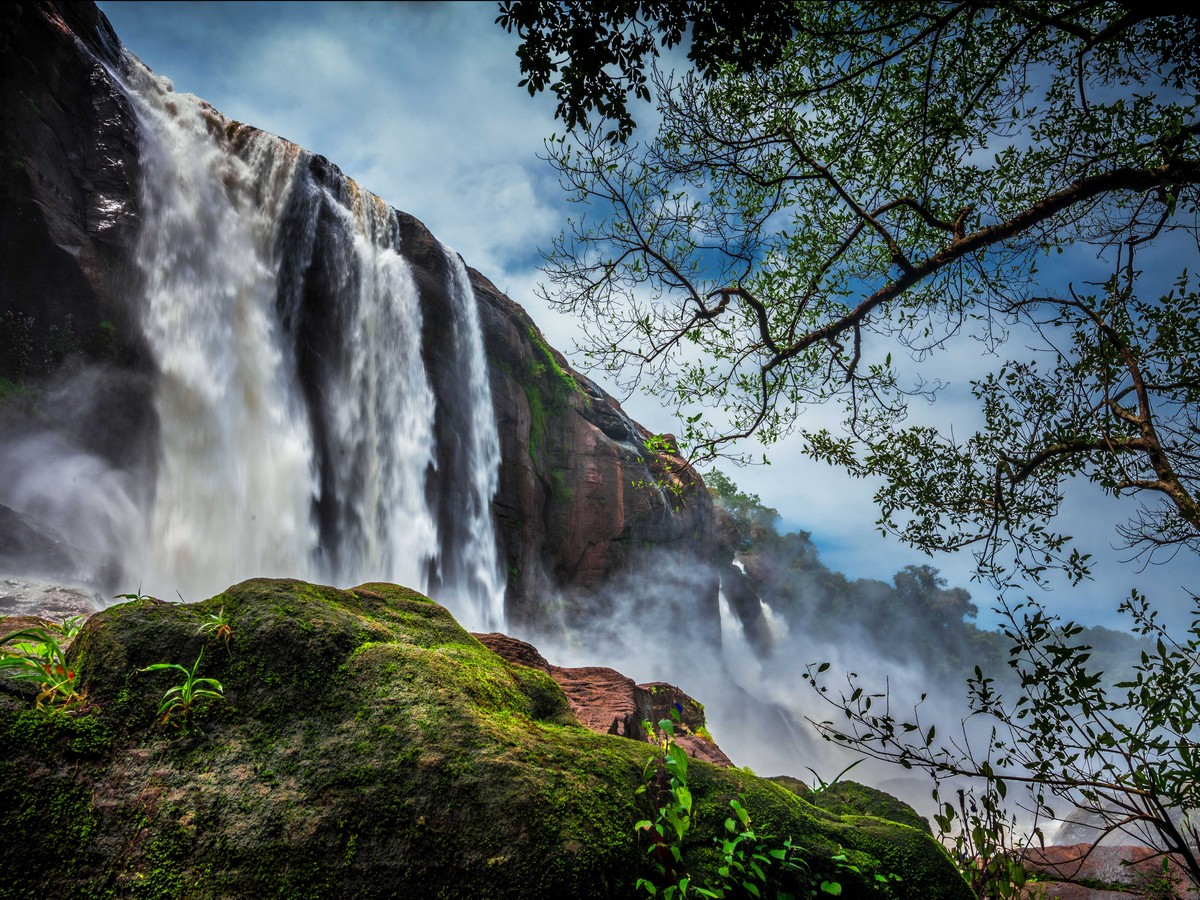 Athirapally_Water_falls