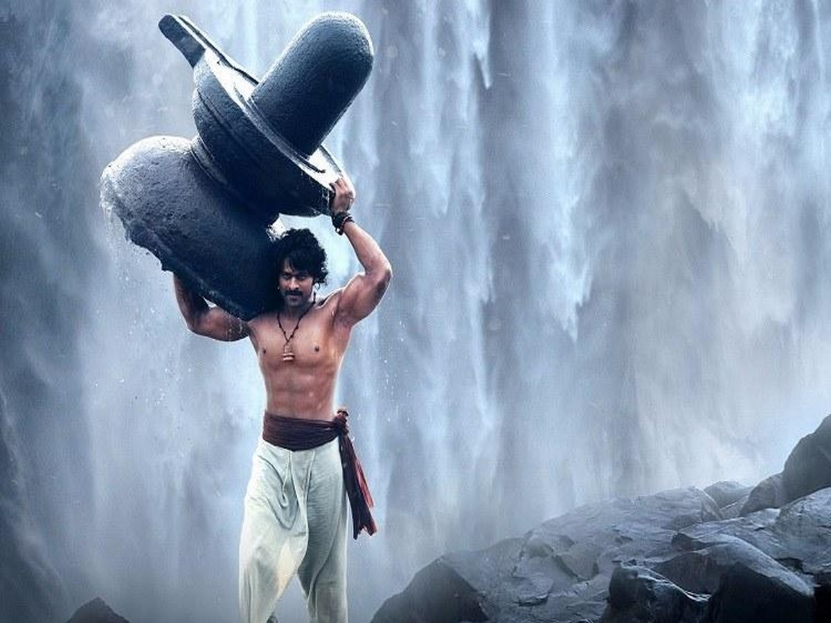 baahubali-film-shooting-athirappilly-waterfalls