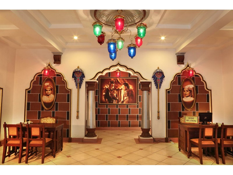 silvertips-resort-mughal-e-azam-room