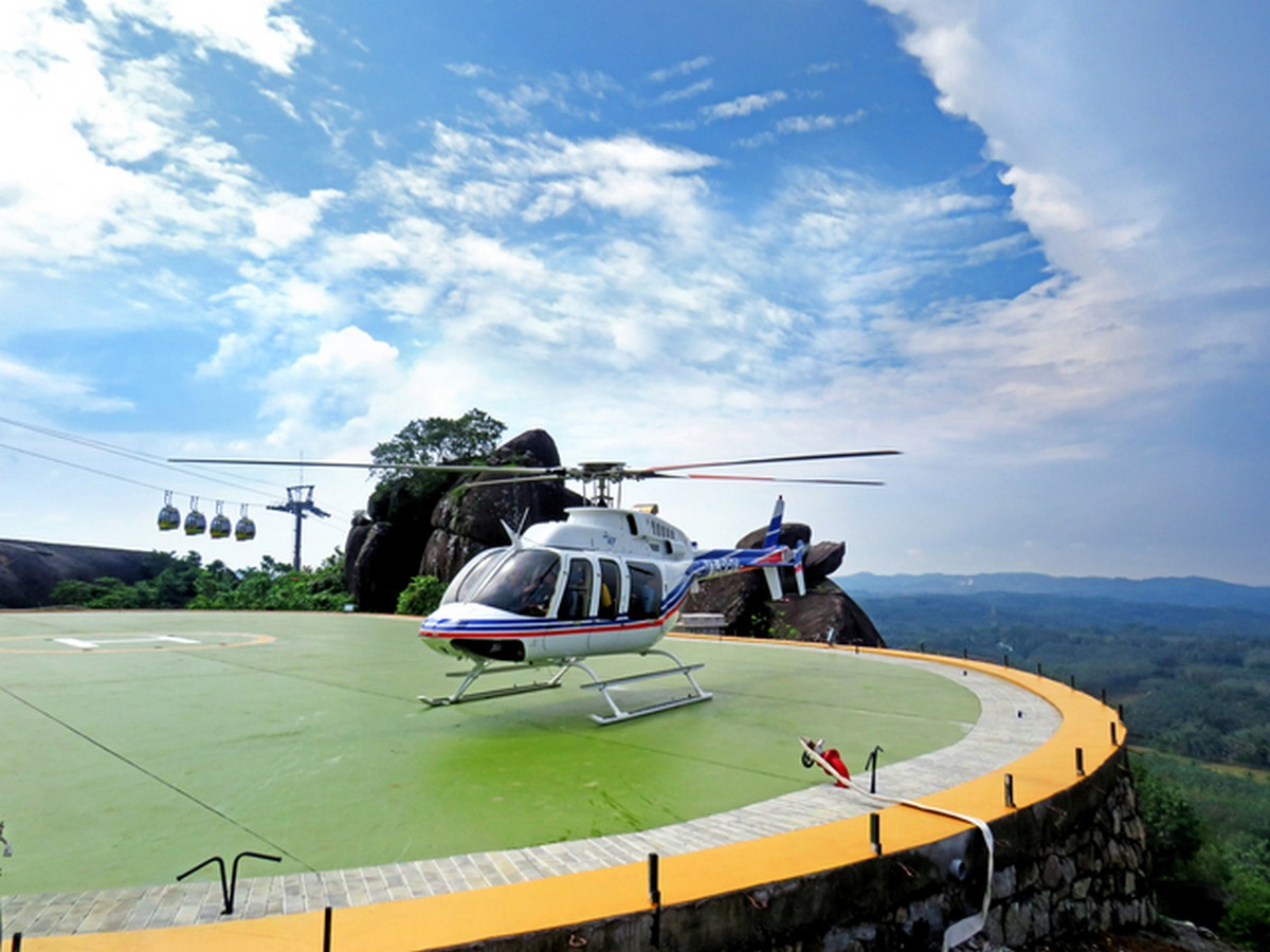 helicopter-ride-jatayu-earths-center