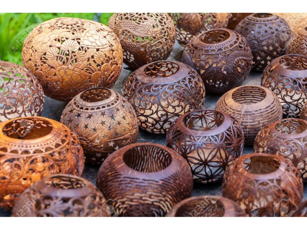 Coconut shell carving in Kerala