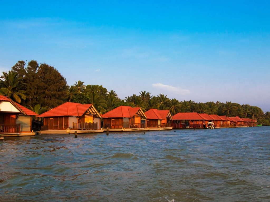 poovar-kerala-floating-cottages