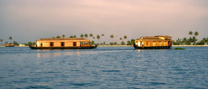 Alleppey or Kumarakom for houseboat trip