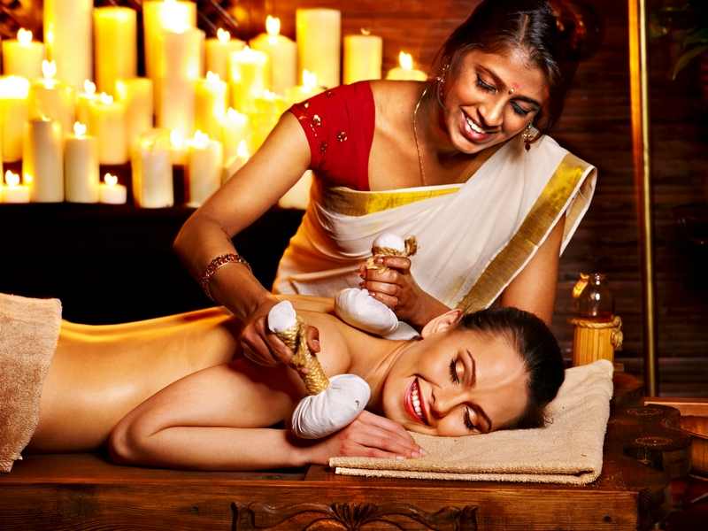 Kerala Travel Guide-Ayurveda Treatment