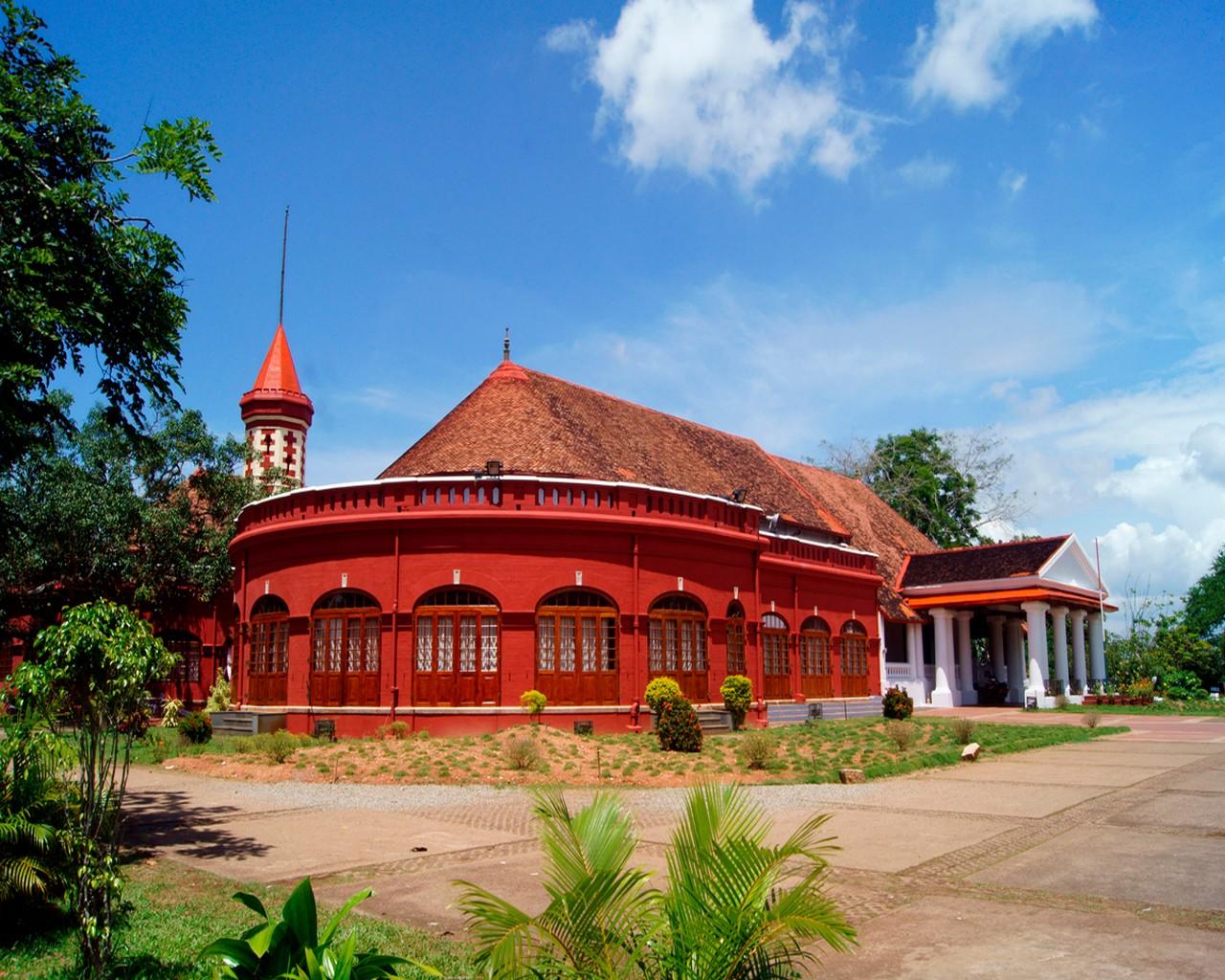 Kanakakkunnu Palace-The Best Colonial Palace in Kerala