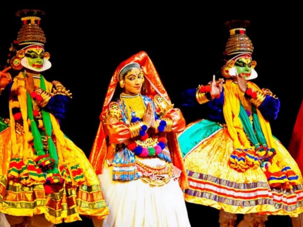kathakali-dance-kerala