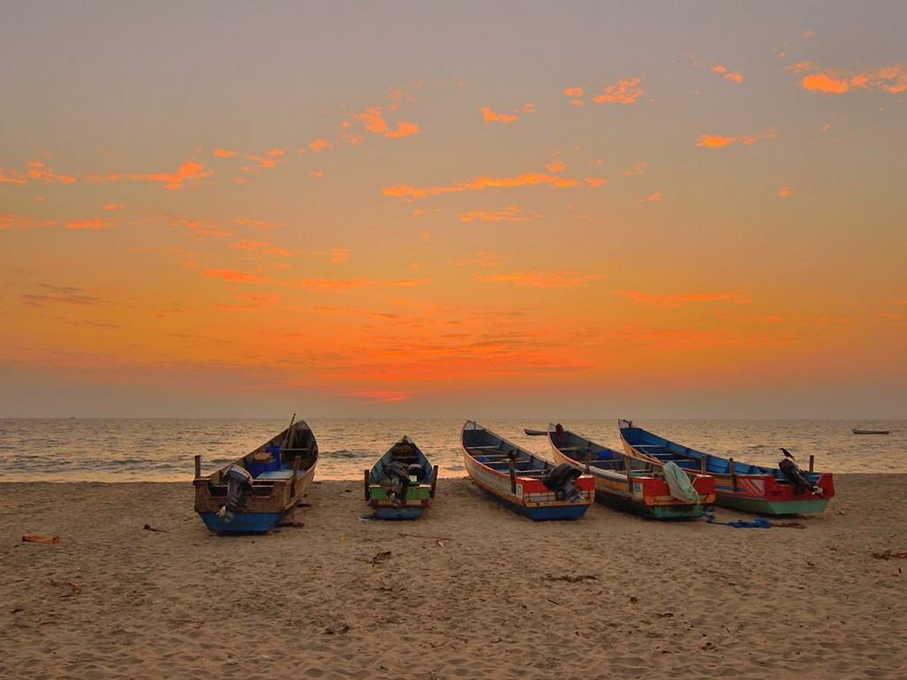 neendakara-beach