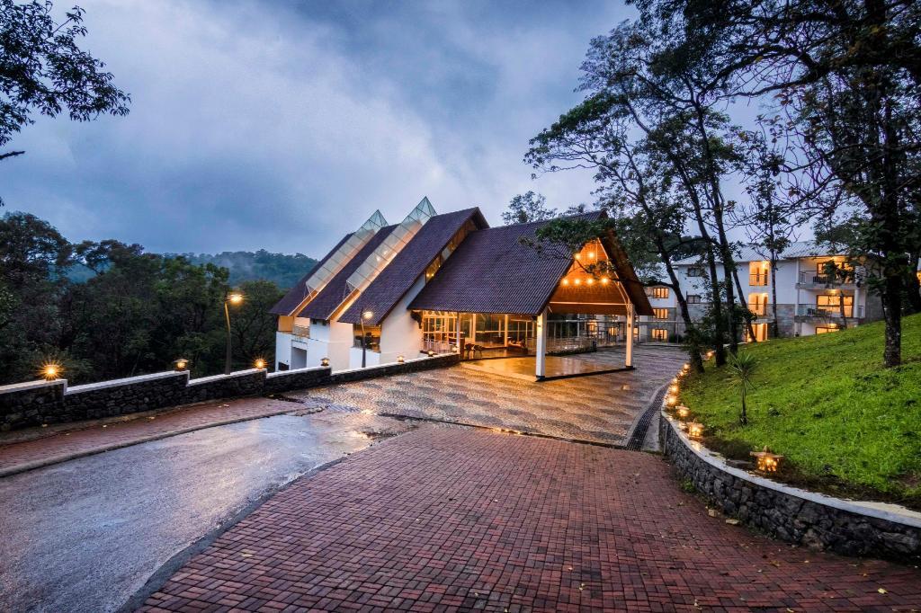 Elixir Hills - 5 star hotels in munnar