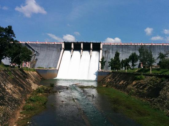 Neyyer Dam